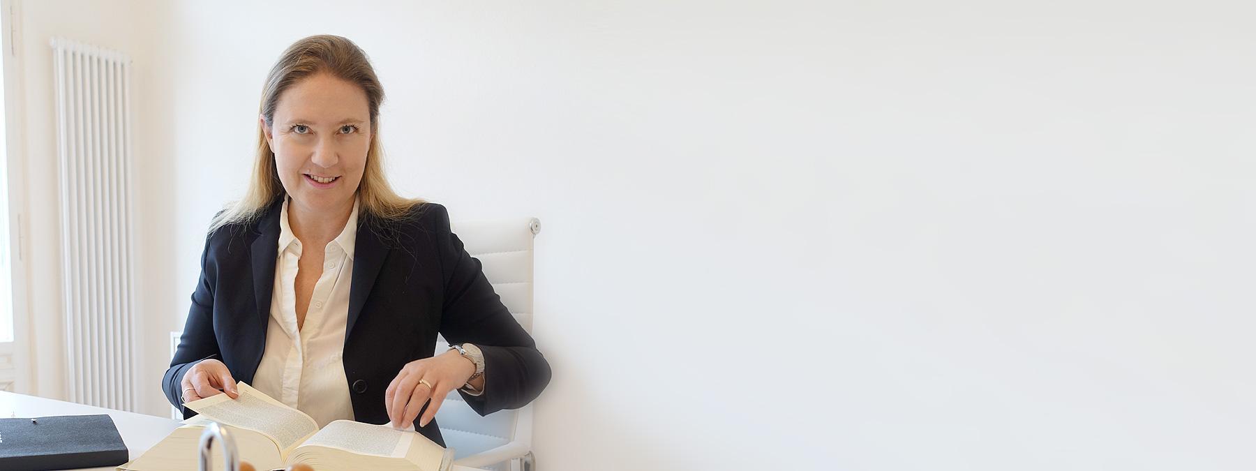 Anwalt Anwältin Potsdam Anwaltskanzlei Versicherung Sozialversicherung Pflegeversicherungen Krankenversicherung